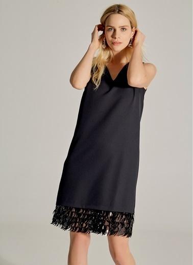 NGSTYLE Payetli V Yaka Elbise Siyah